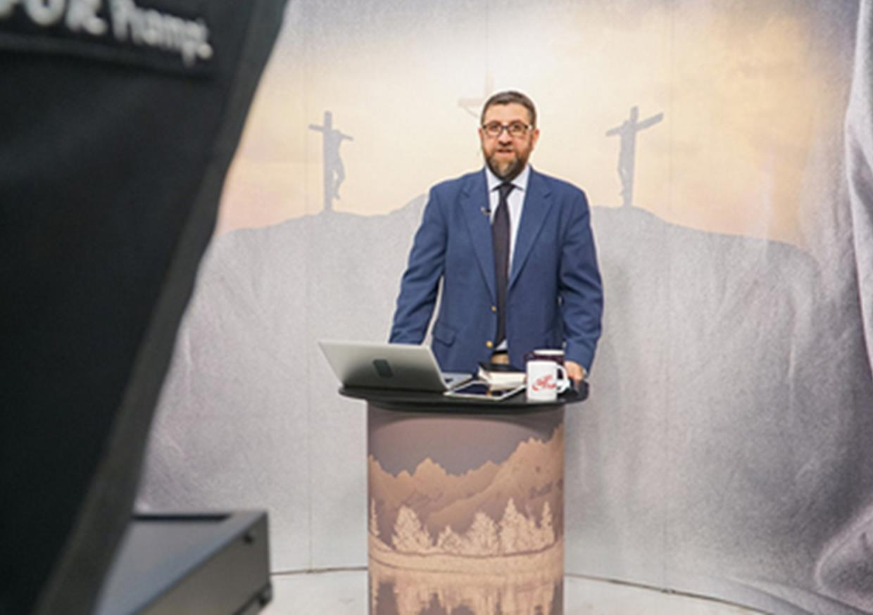 """I believed I would preach God's word on TV one day. I didn't look for opportunities, I sought after God and waited for His timing"", says Pastor Vahan from Turkey."